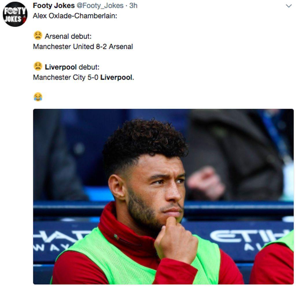 Salah satu pemain yang banyak disorot dalam meme adalah Alex Oxlade Chamberlain. Debutnya di Arsenal berakhir dengan kekalahan 2-8, kini debutnya di Liverpool kalah 0-5. Foto: internet