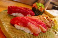 Sushi daging kuda.