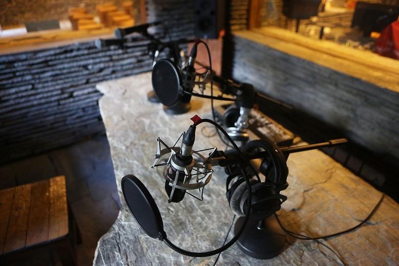 Musik dan Radio Adalah Simbiosis Mutualisme
