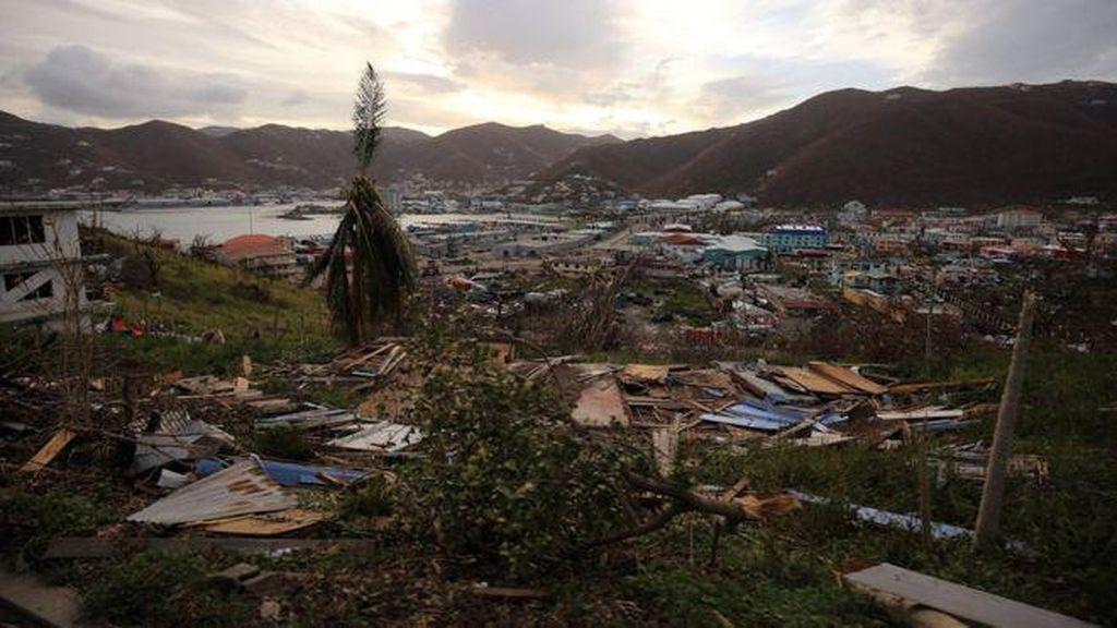 Rumah Miliarder Inggris Hancur Diterpa Badai Irma