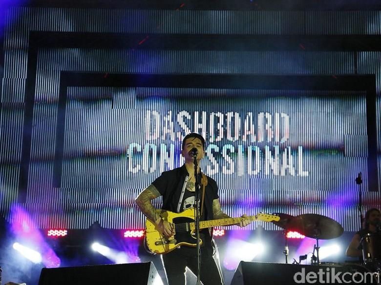 Dashboard Confessional Kirimkan Orang Suci dari Bali untuk Korban Badai