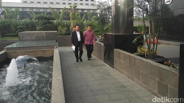 Surati KPK, DPR Minta Novanto Diperiksa Setelah Putusan Praperadilan