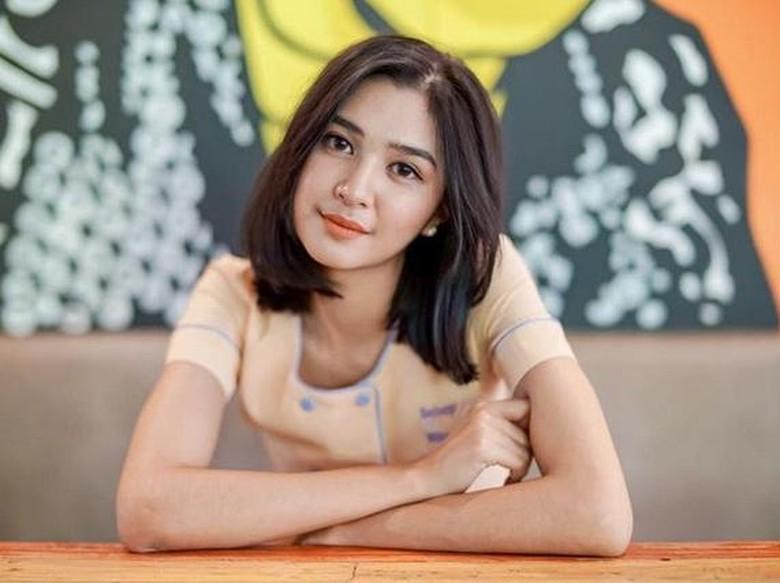 Dekat dengan Pemain Basket, Mikha Tambayong Dituding Playgirl?