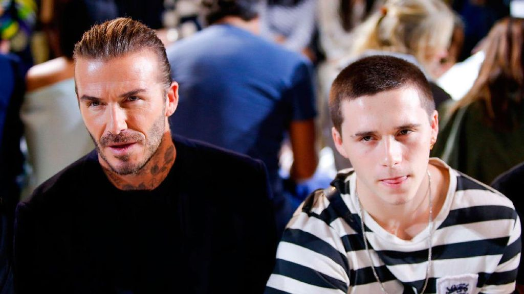 Adu Keren Brooklyn VS David Beckham Nonton Fashion Show Bareng