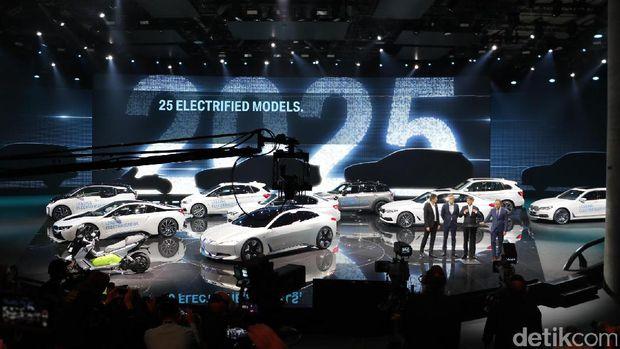 Tahun 2025 bakal lebih banyak lagi mobil listrik BMW