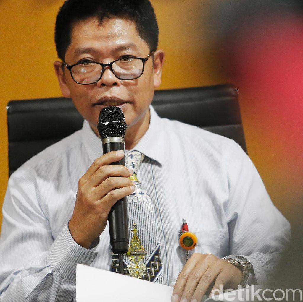 Ketua PN Jambi Dilempar Kursi oleh Pendemo
