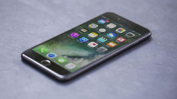 Samsung Ogah Tiru Apple Perlambat Ponsel Jadul