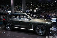 BMW X7, SUV dengan Grille Super Besar BMW