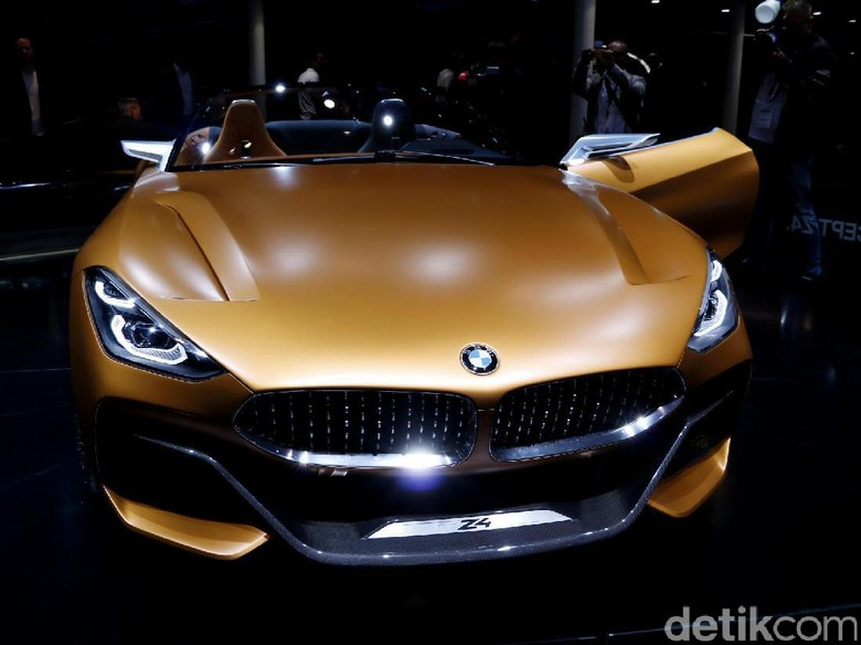 Si Seksi Roadster BMW Hidup Lagi