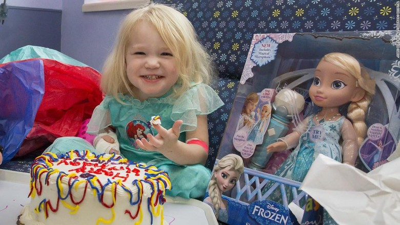 Willow Stine merayakan ultah saat badai Irma/Foto: John Hopkins All Childrens Hospital/CNN