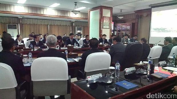 Jaksa Agung M Prasetyo menerima kunjungan delegasi komunitas hukum China.