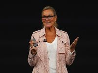 Angela Ahrendts, VP of Retail and Online Store Apple.