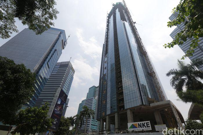 Bahkan, NKE sudah menyelesaikan pembangunan struktur 52 lantai gedung WCT tersebut pada Mei 2017 lalu.