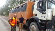 Bus Operasional PT Freeport Ditembak, Pelaku Masih Diburu