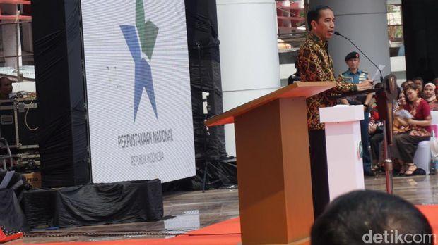 Jokowi berharap perpustakaan ini bisa meningkatkan minat baca masyarakat.