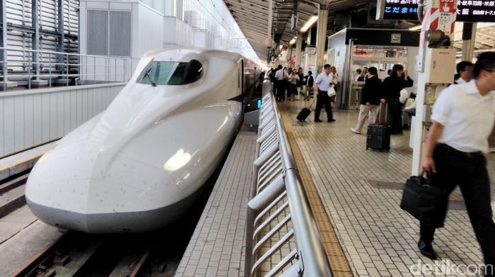 Kereta Shinkansen di Jepang. Foto: Hans Henricus.