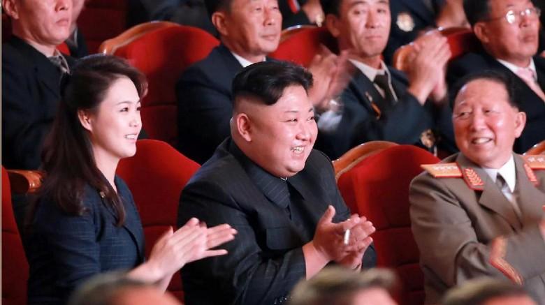 Jarang Muncul, Istri Kim Jong-Un Tampil di Pesta Uji Coba Nuklir
