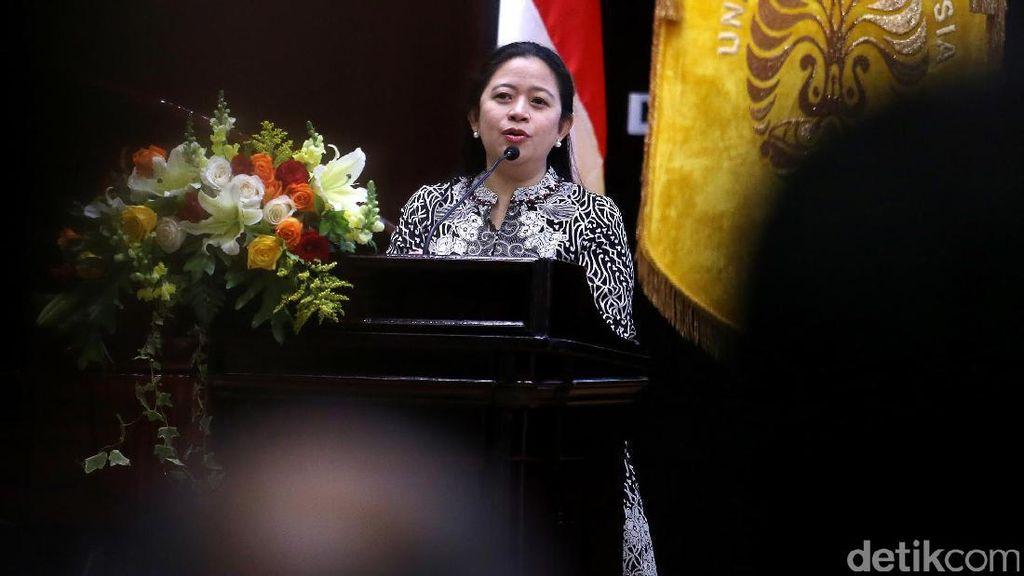 Menteri Puan Imbau Petugas Medis untuk Tersenyum pada Pasien BPJS