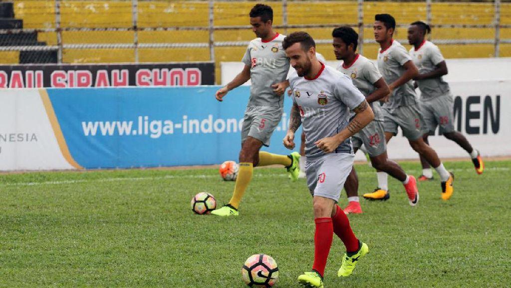 Bhayangkara FC Targetkan Poin Penuh di Markas Semen Padang