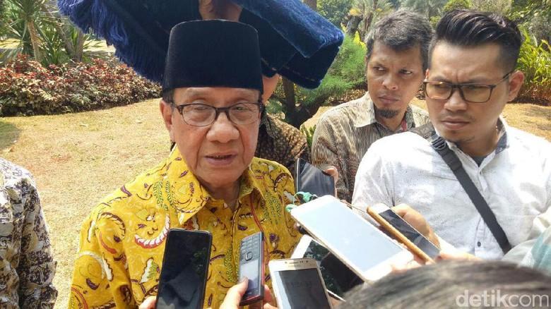 Akbar Tandjung Sebut Golkar Saat - Jakarta Ketum Golkar Akbar Tandjung mengatakan Partai Golkar saat ini tengah terinfeksi gejala Hal itu menyebabkan sistem politik