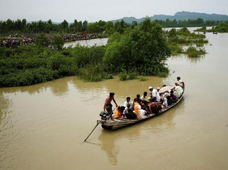 Kapal Pengungsi Rohingya Tenggelam, 10 Anak-anak dan 4 Wanita Tewas