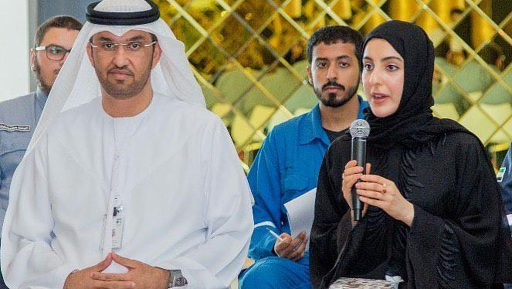 Shamma, Hijabers Cantik Pecahkan Rekor Sebagai Menteri Termuda di Dunia