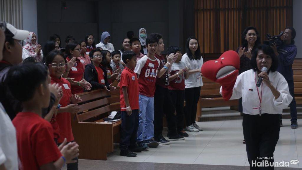 Yuk Kenalkan Keberagaman ke Anak Lewat Wisata Rumah Ibadat