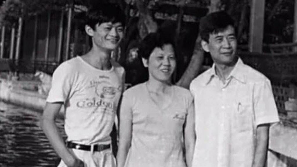 Perjalanan si Miskin Jadi Orang Terkaya Asia