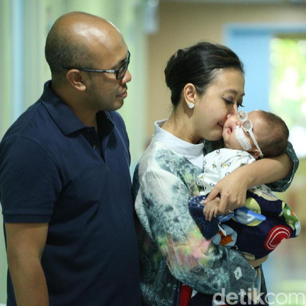 Usia Sembilan Bulan, Anak Kedua Asri Welas Sudah Sekolah