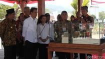 Jokowi Kunjungi Dua Balkondes Binaan BUMN di Magelang