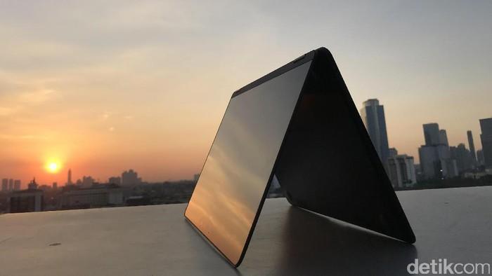 ZenBook Flip S. Foto: Adi Fida Rahman/detikINET