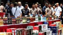 Bea Cukai-Polisi Tetapkan Tersangka 50.000 Botol Miras dari Singapura