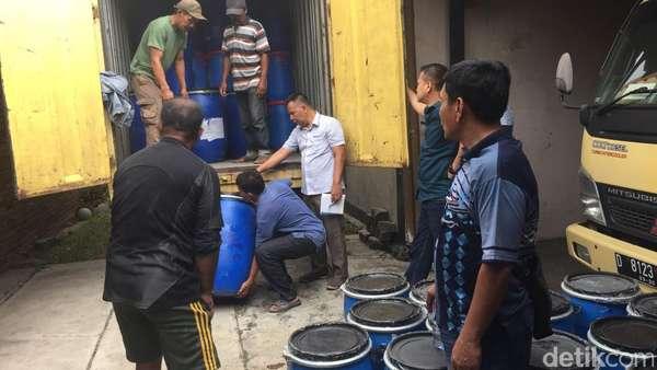 Bareskrim Tangkap Penjaga Gudang Bahan PCC yang Digerebek di Cimahi