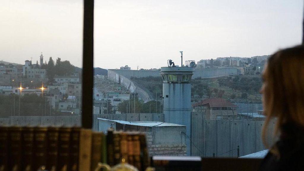 Foto: Hotel dengan Pemandangan Tembok Pemisah Israel dan Palestina