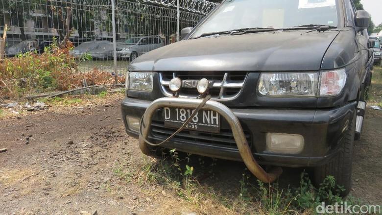 Isuzu Panther Diisi Minyak Sawit, Eh Masih Bisa Jalan