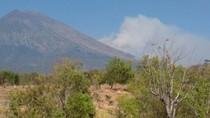 Aktivitas Gunung Agung Meningkat, AirNav Koordinasi dengan Australia