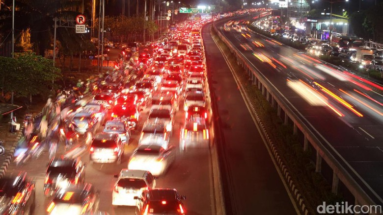 Siap-siap, Tarif Tol Dalam Kota Naik Rp 500 Mulai Jumat Pekan Ini
