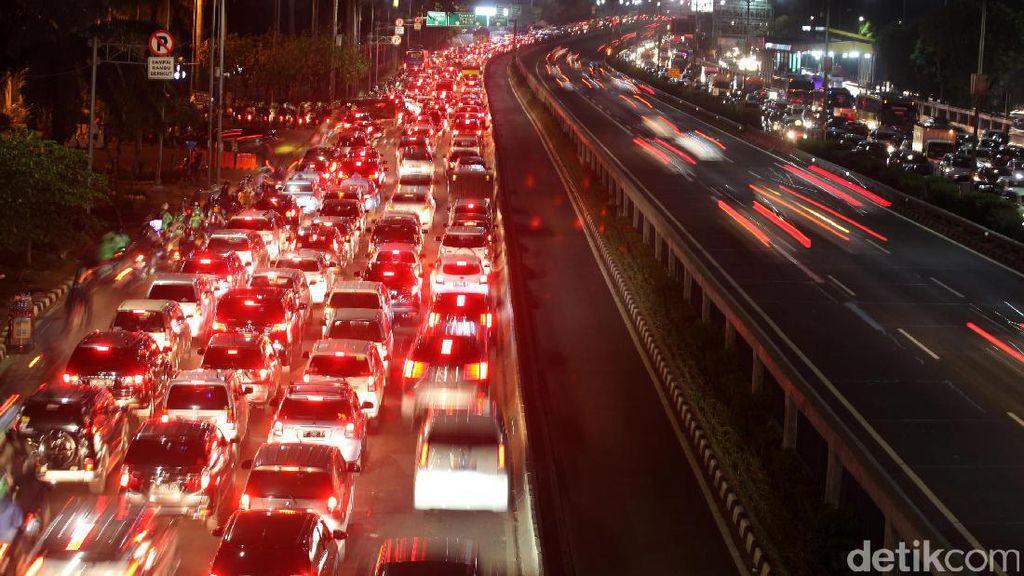 Tarif Tol Dalam Kota Naik, Pemerintah: Solusi Atasi Macet