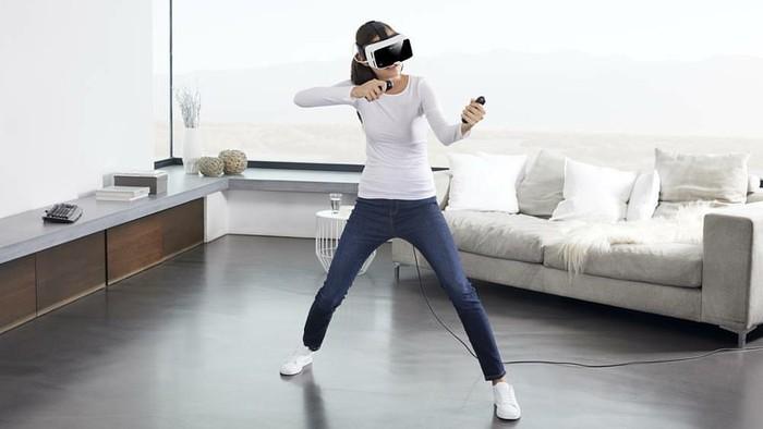 Memakai headset VR. Foto: Instagram