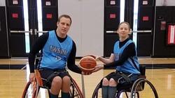 Dengan kondisi tubuh yang bisa dibilang tidak sempurna, para penyandang disabilitas ini tetap bisa menikmati hidup dan jatuh cinta.