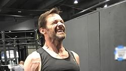 Aktor pemeran Wolverine di film X-Men, Hugh Jackman, mengaku butuh latihan khusus untuk bisa membentuk tubuh seperti di film. Penasaran seperti apa latihannya?