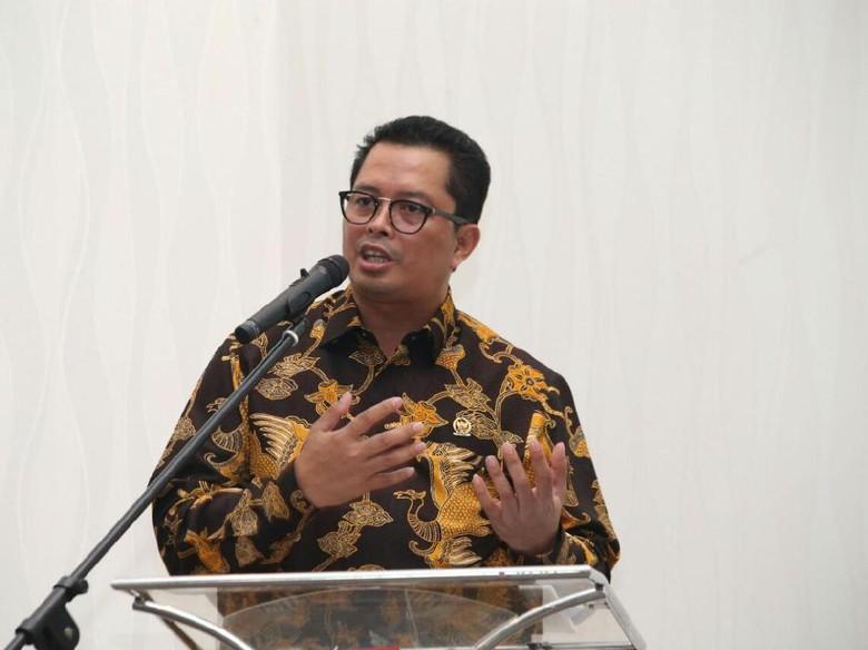 Calon Ketum Golkar Versi Dewan - Jakarta Musyawarah nasional luar biasa Golkar segera digelar untuk mencari ketua umum pengganti Setya Dewan Pakar Golkar yang