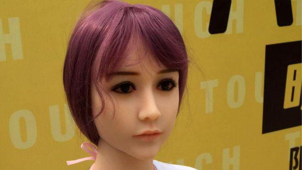 Banyak Kontroversi, Usaha Rental Boneka Seks di China Tutup