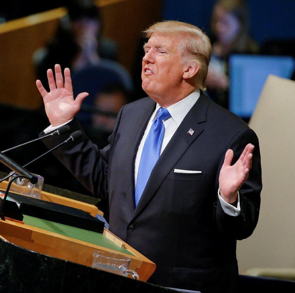 Di Depan Warga AS, Obama dan Bush Kompak Sindir Trump
