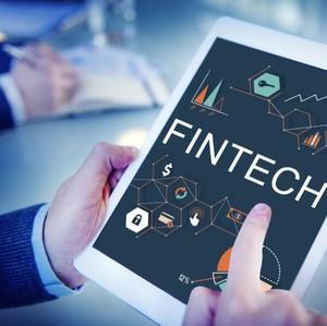 Dampak Fintech ke Karyawan Bank