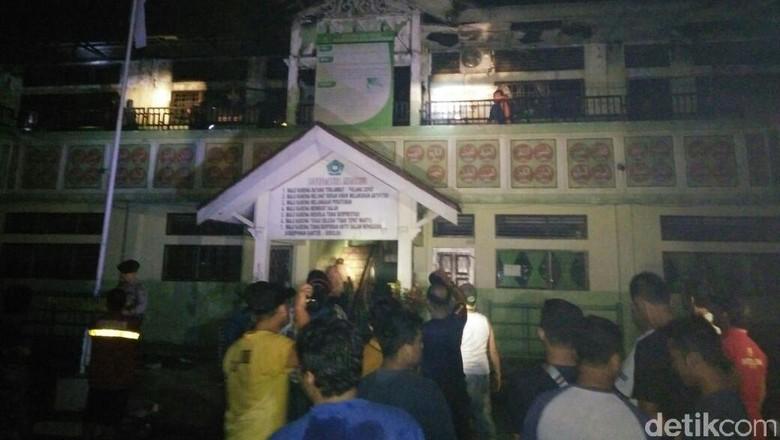 Gedung Madrasah di Lhokseumawe Terbakar, Warga Sempat Panik