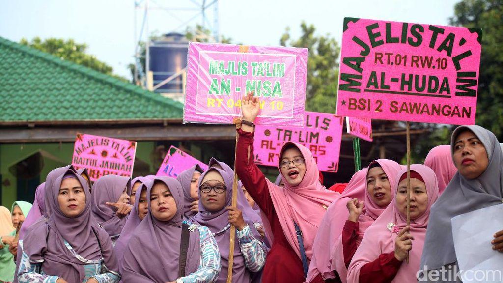 Sambut Tahun Baru Islam Warga Depok Pawai Taaruf