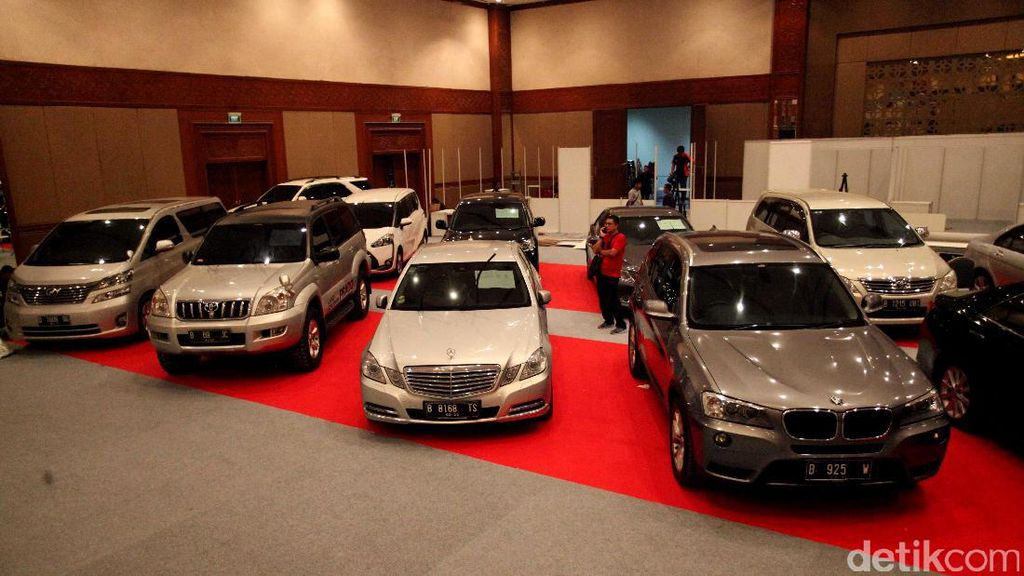 Mau Miliki Mobil Mewah Bekas Koruptor? Begini Caranya