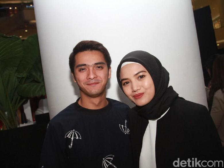Herfiza Novianti Ungkap Sisi Romantis Ricky Harun