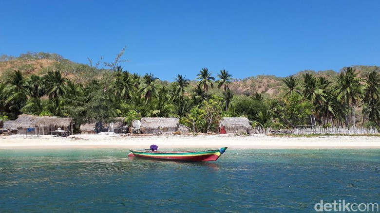Pulau Liran yang cantik, namun infrasturkturnya masih sangat kurang (Eduardo/detikTravel)